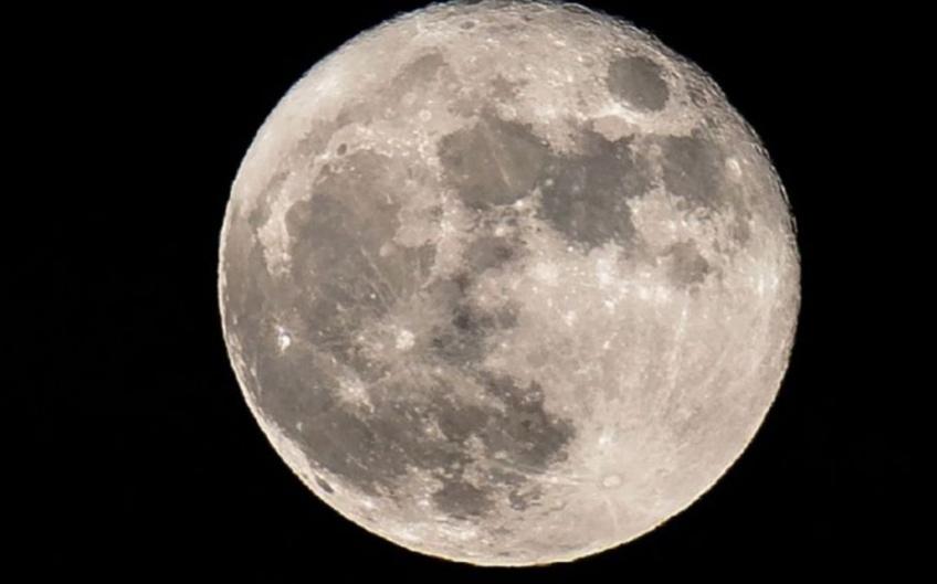 première femme lune télé-réalité