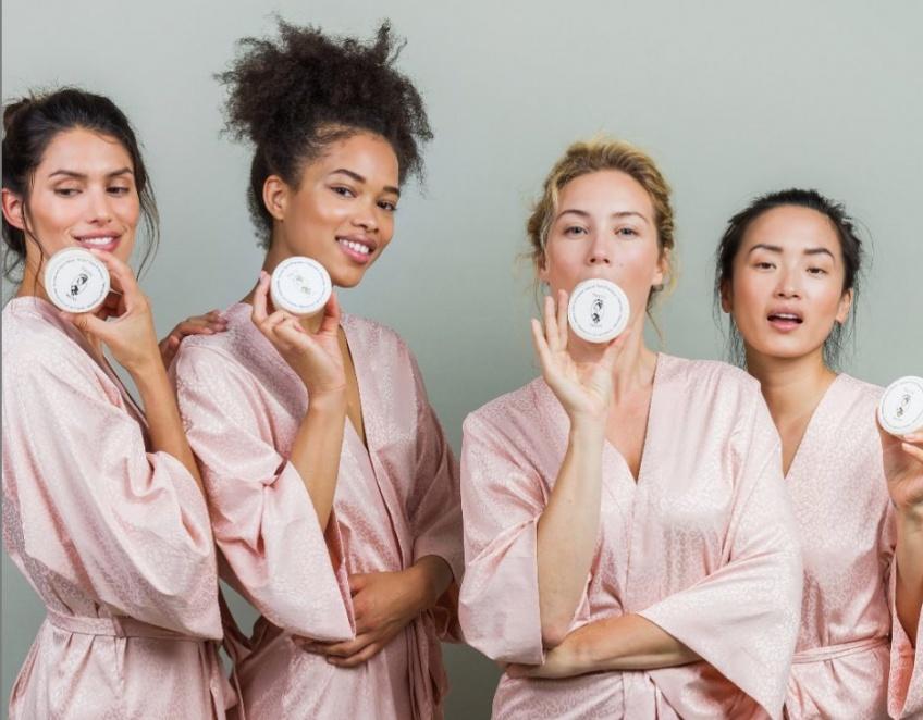 Pin-Up Secret, la marque qui réveille la beauté naturelle de toutes les femmes !