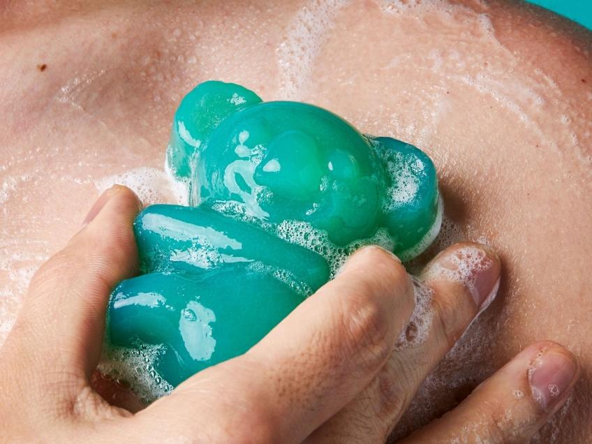 Lush dévoile un savon en forme de koala pour reverser les bénéfices aux animaux touchés en Australie !