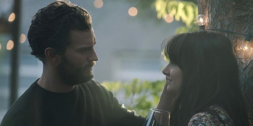 Endings Beginnings : Le nouveau film de Jamie Dornan s'annonce romantique et très sexy !