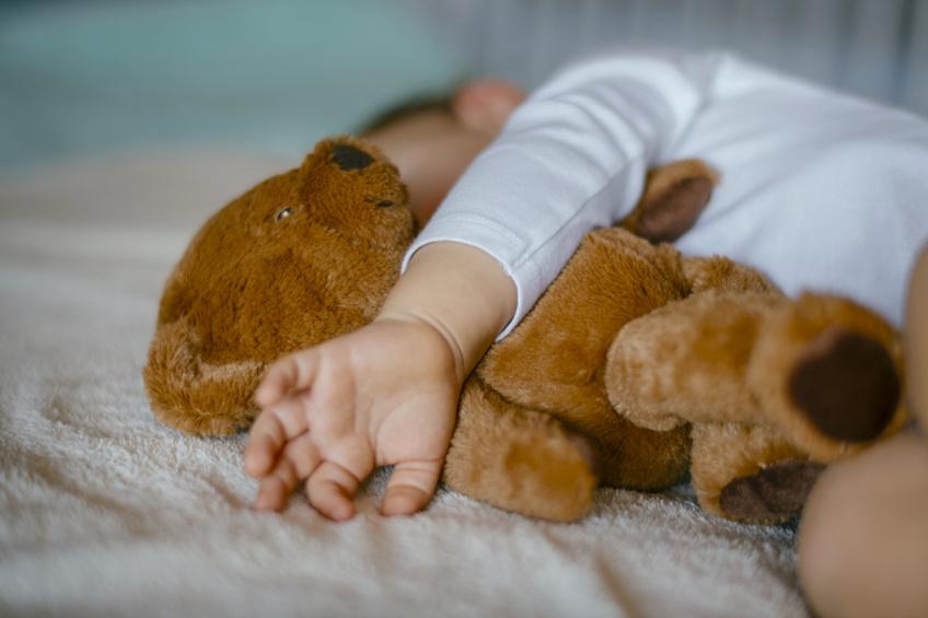 Une crèche instaure la sieste en extérieur pour les enfants