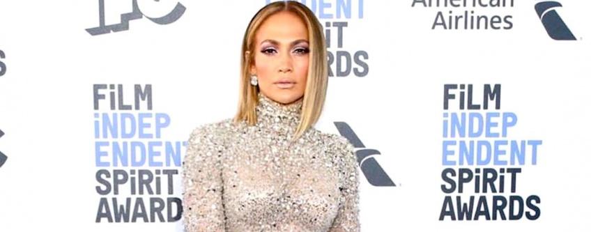 Grâce à cette photo, Jennifer Lopez lance un mouvement body positive inattendu !
