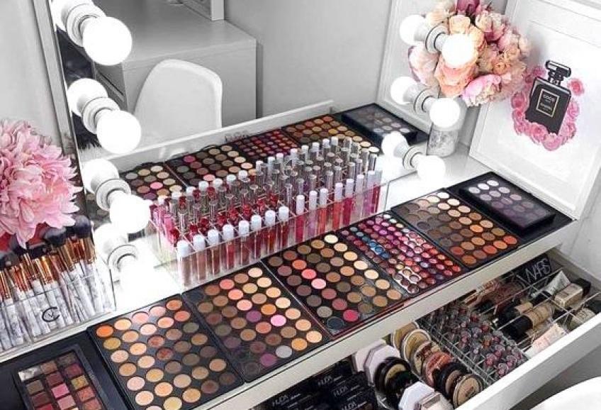 Comment trier, ranger et organiser sa collection de produits de beauté ?