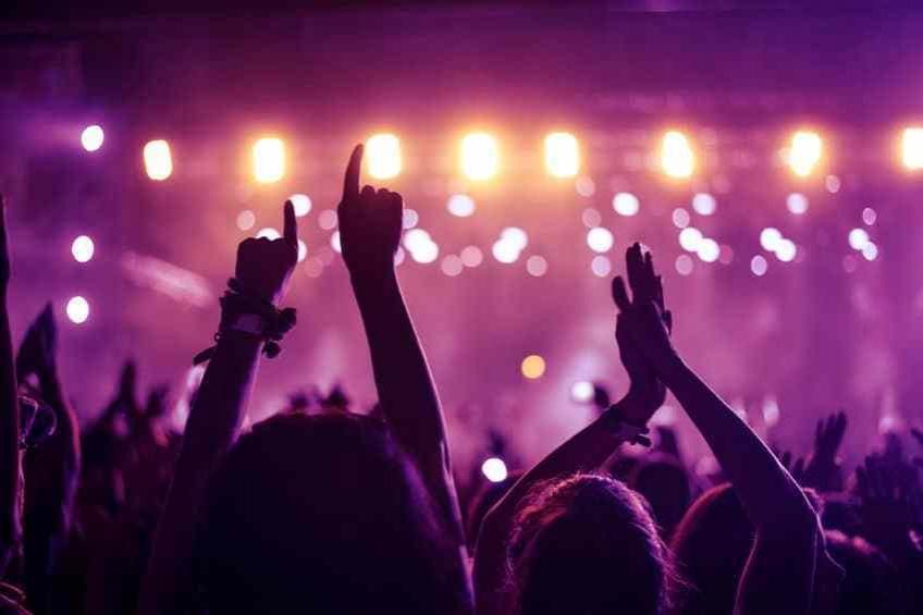 Selon des experts, les concerts ne seront pas autorisés avant l'automne 2021