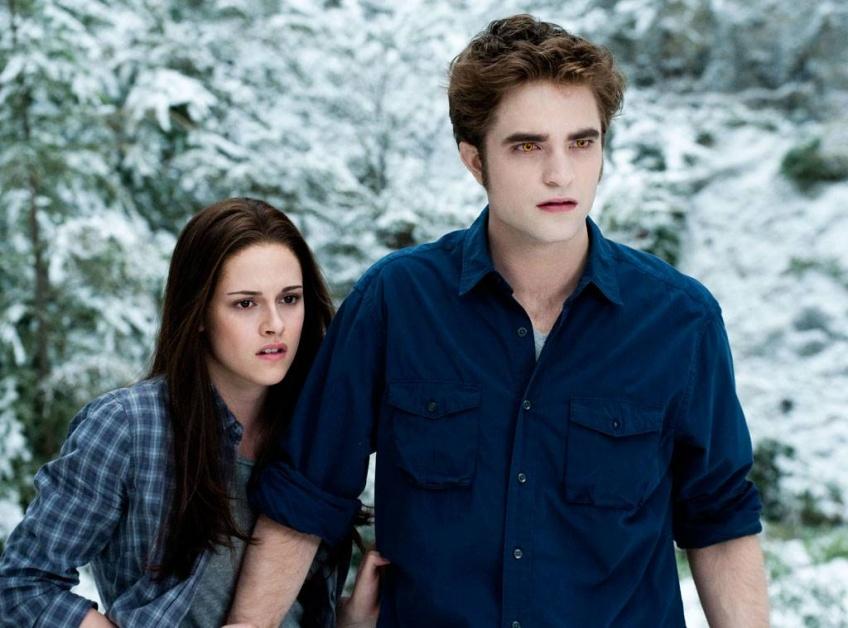 Midnight Sun : L'auteure Stephenie Meyer dévoile un nouveau livre sur la saga Twilight !