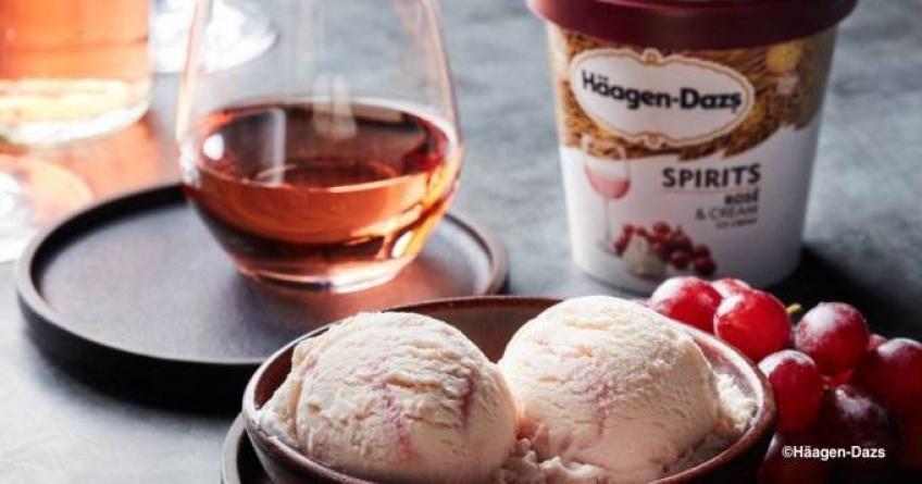 Haagen-Dazs sort une glace au rosé que vous allez déguster tout l'été