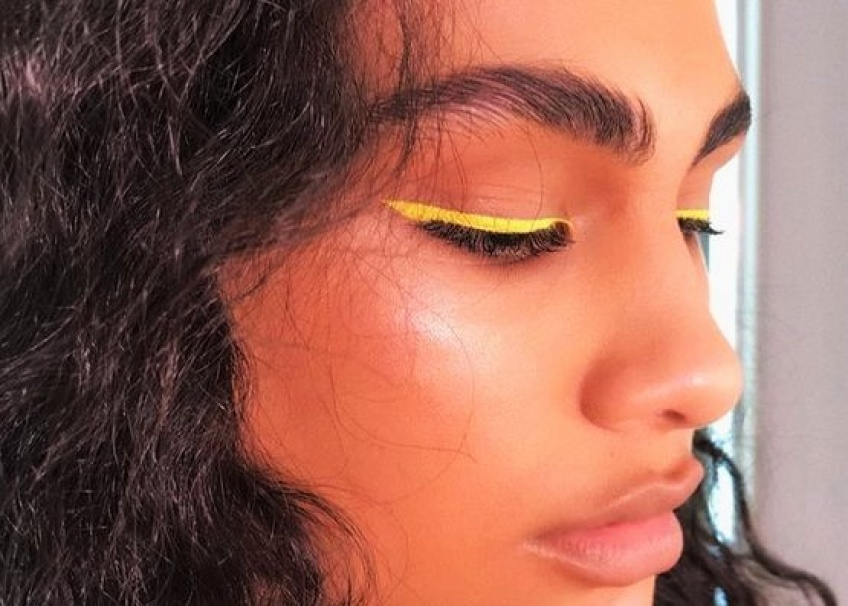 L'eye-liner coloré, la tendance qui fait le buzz sur Pinterest !