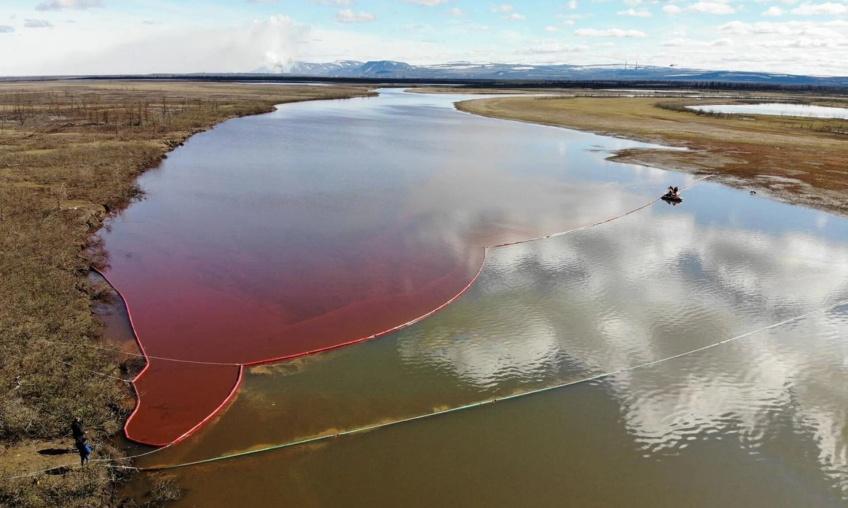 Marée rouge en Russie : la plus grave catastrophe en Arctique depuis 30 ans