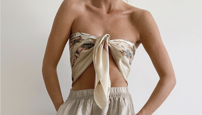 Astuces : 5 façons originales de porter un foulard en top pour un look à tomber !