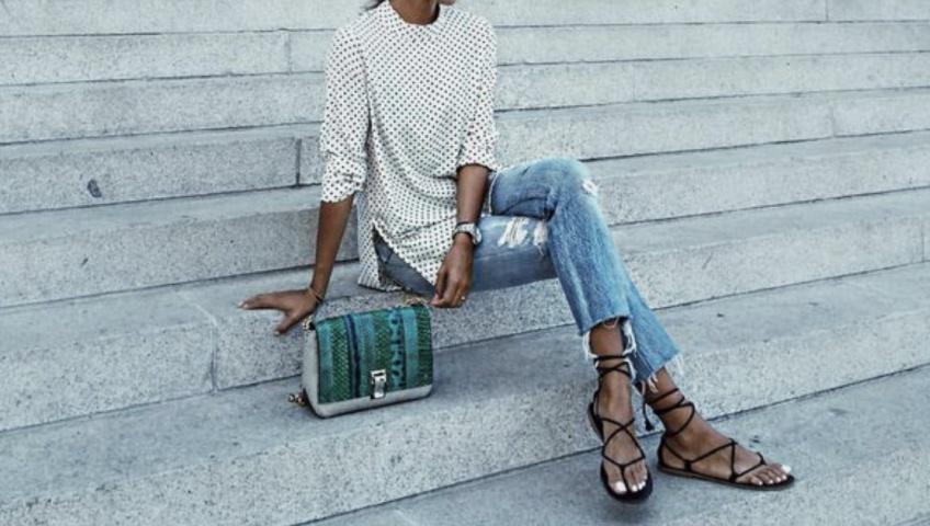#Shoesday : les sandales à lacets qui vont sublimer nos jambes