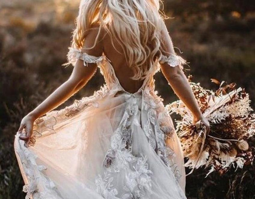 Mariage : Les plus belles robes de mariée qui nous font fondre pour un mariage d'automne !