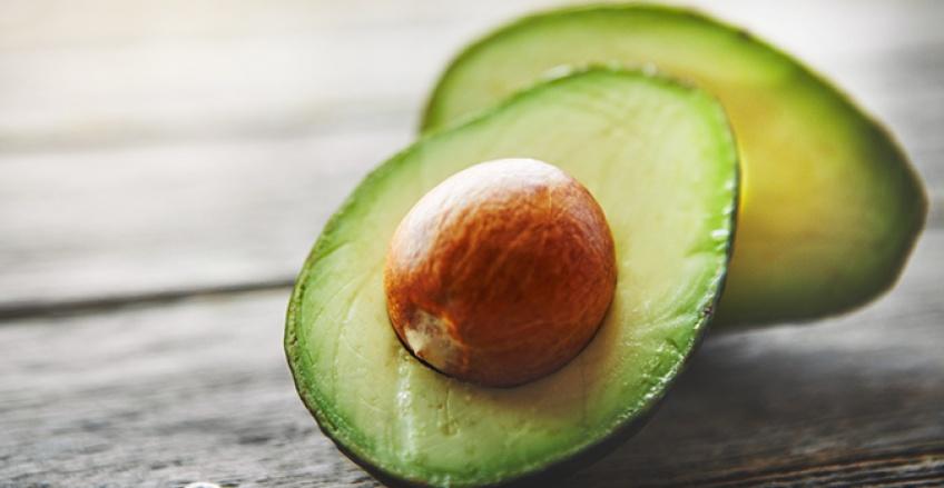 Les aliments gras qui, contre toute attente, nous font mincir