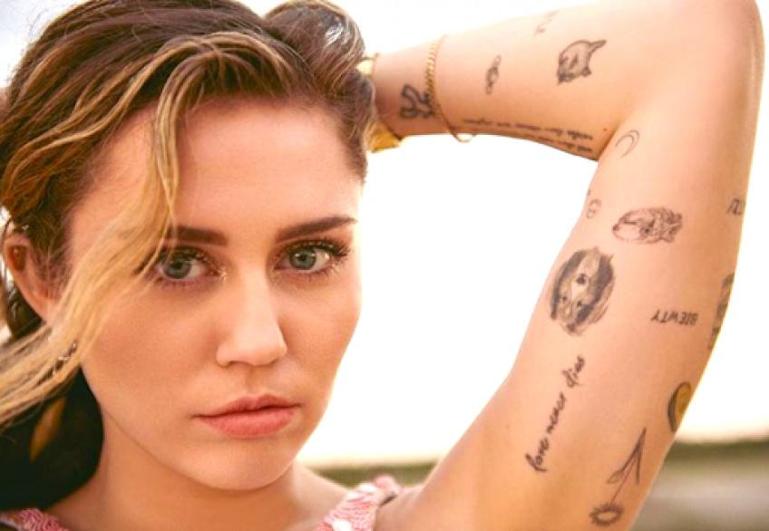 Tattoo Story : Les tatouages de Miley Cyrus décryptés !