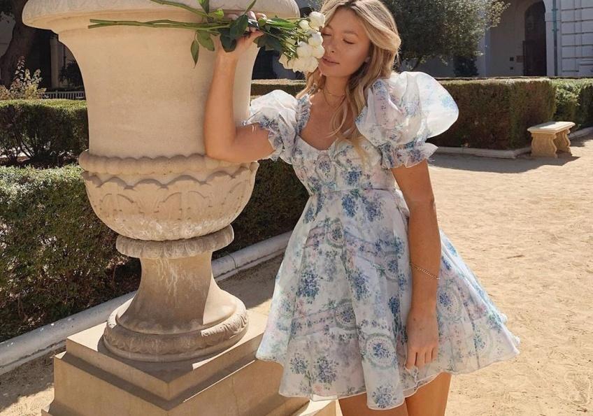La robe Babydoll est la plus tendance et la plus adoptée cet automne !
