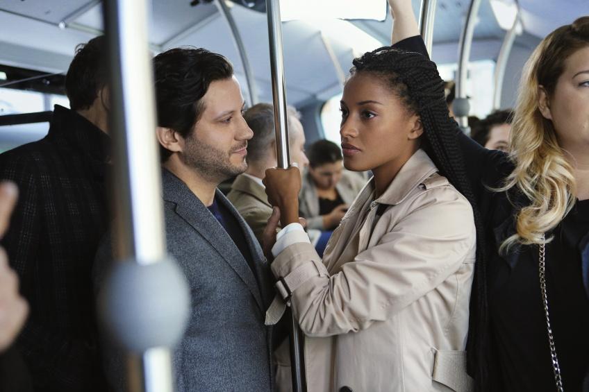 Stand Up : Unissons-nous pour dire stop au harcèlement de rue avec L'Oréal Paris !