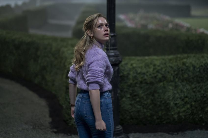 Pause Popcorn : 5 raisons de regarder la série d'horreur 'The Haunting of Bly Manor' sur Netflix !