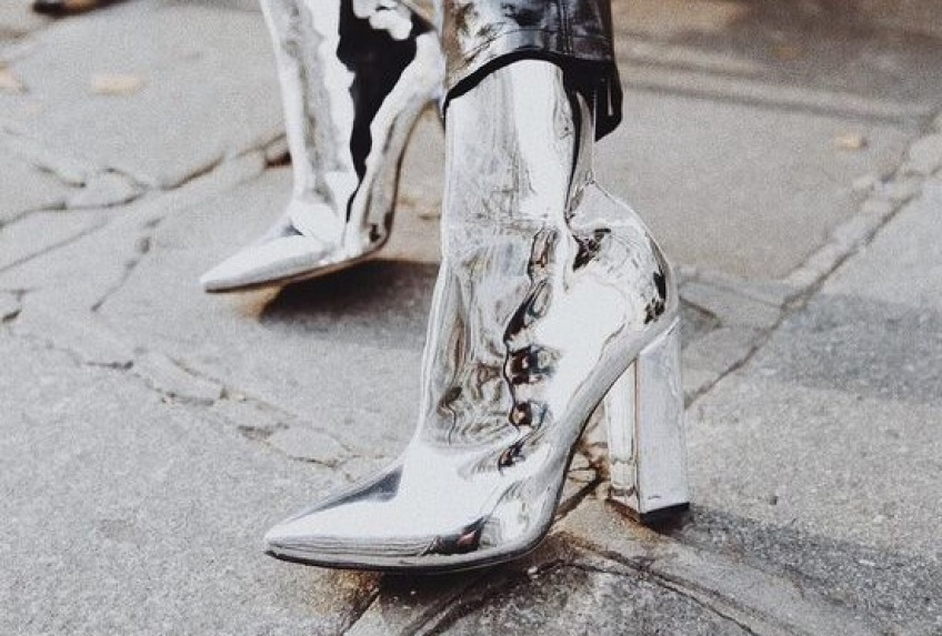#Shoesday : Les bottines métallisées et argentées qui nous éblouissent par leur beauté !