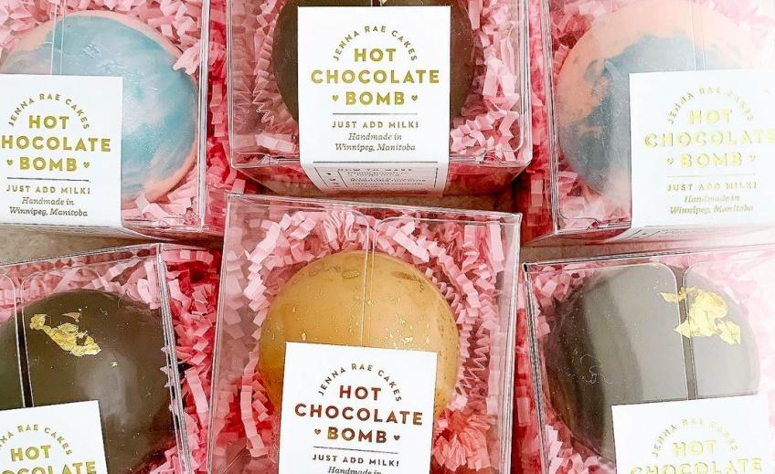 La tendance food gourmande des réseaux sociaux :  la bombe pour chocolat chaud !