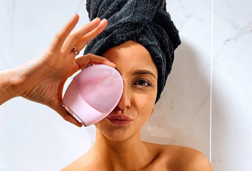 Spotted : la brosse révolutionnaire qui vous donnera un teint plus lumineux !