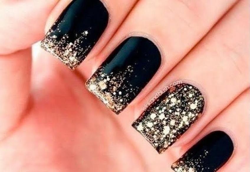 20 inspirations de nail-art noir et doré