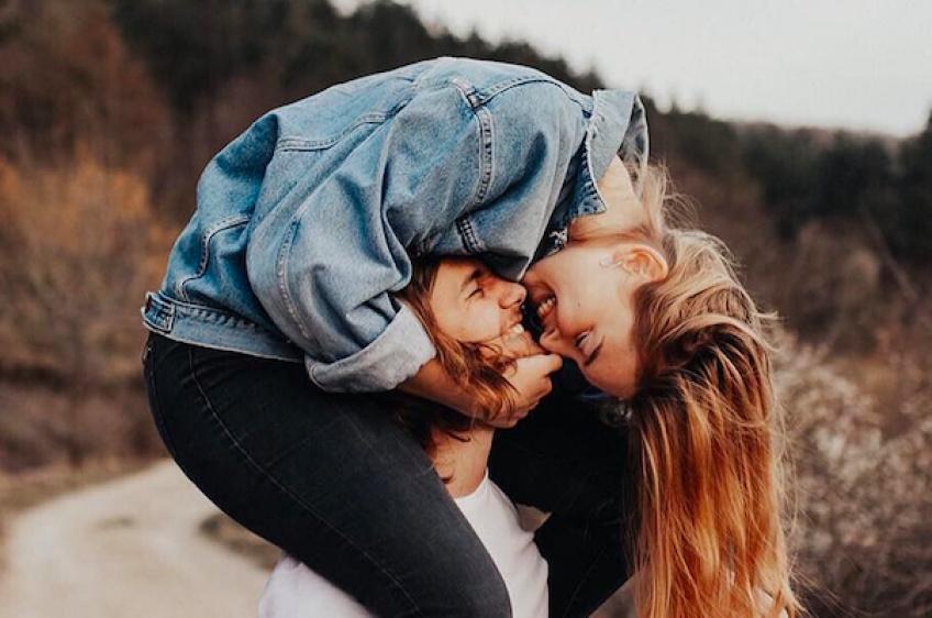 Compatibilité amoureuse : Quels sont les signes astrologiques parfaits pour le signe du Poissons ?