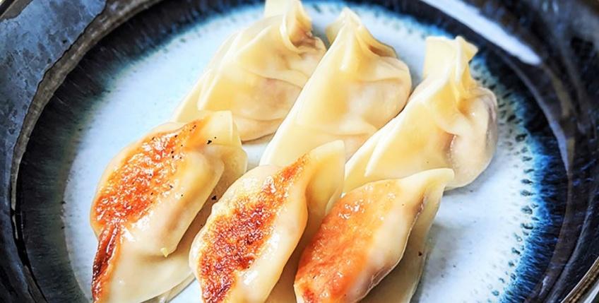 Mercredi bon appétit #50 : les gyozas à raclette, pour les amoureux du japon et du fromage