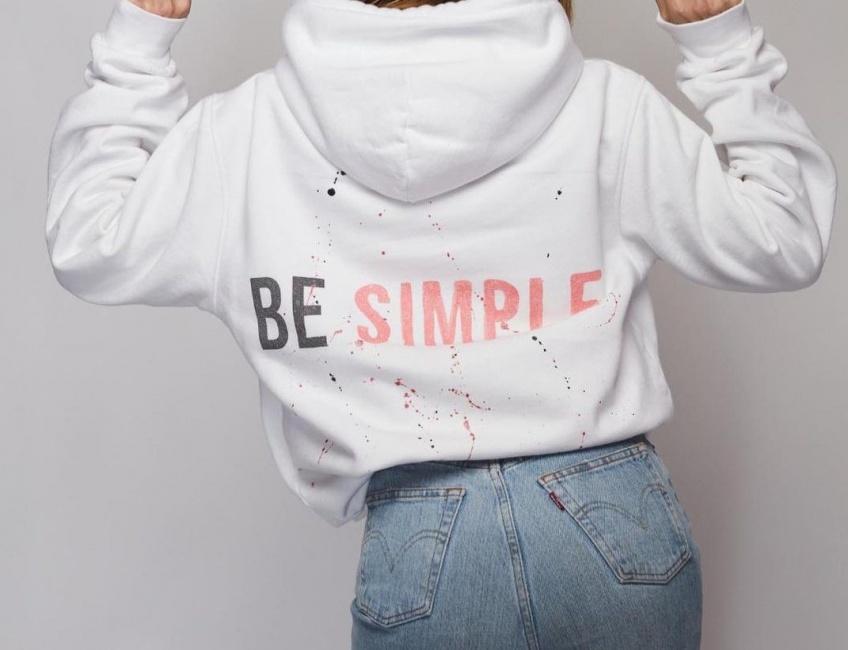 Be : La marque qui va booster votre début d'année avec ses hoodies personalisés !