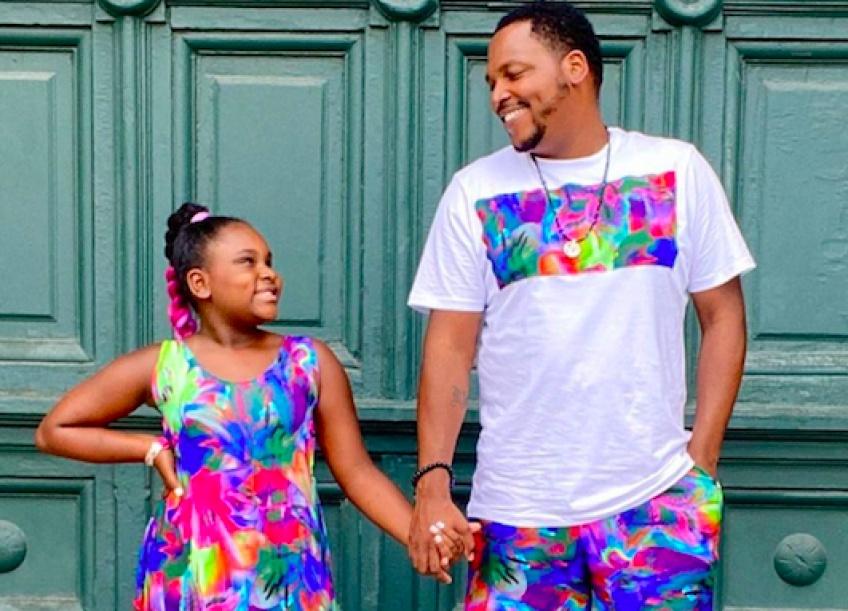 Un père coud plus de 200 tenues pour sa petite fille pour lui redonner confiance en elle