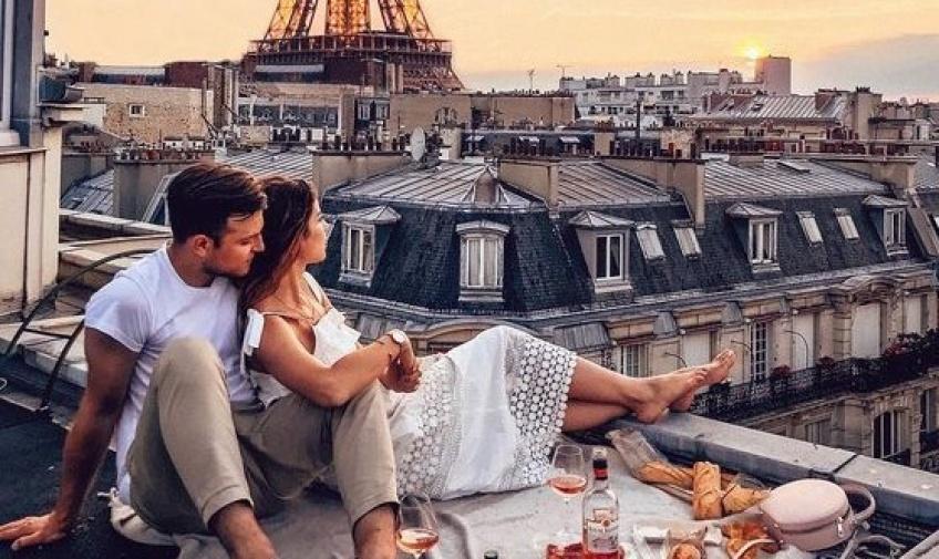 S'évader, le temps d'un week-end en amoureux, à Paris ou ailleurs