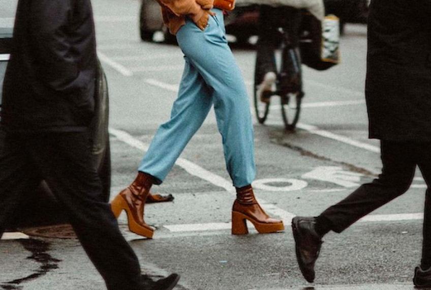 #Shoesday : Ces chaussures parfaites à mettre avec un jean large !