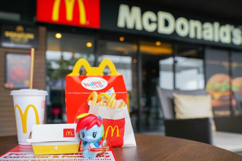 Écologie : les jouets en plastique au McDonald's, c'est fini !