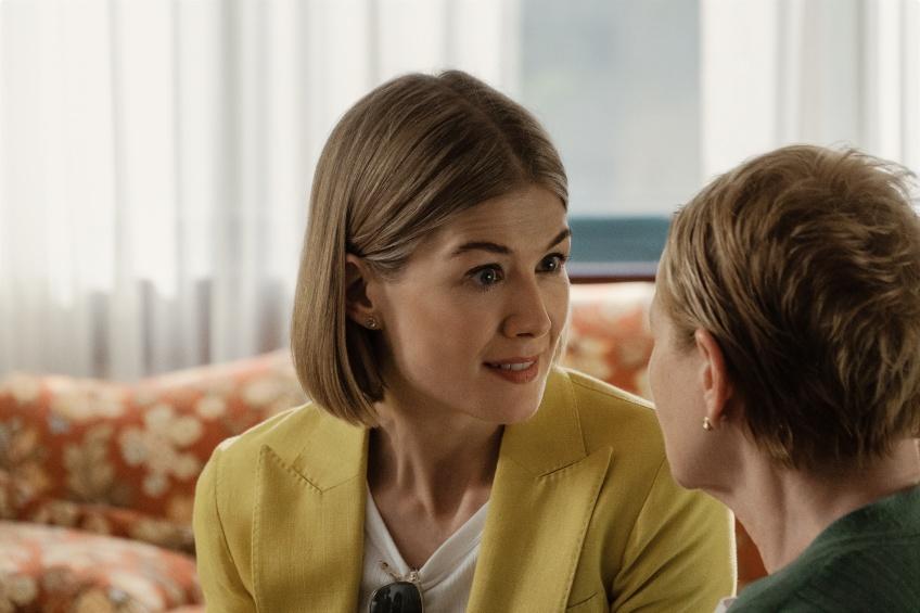 Pause Popcorn : 5 raisons de regarder le nouveau thriller 'I Care a Lot' sur Netflix !