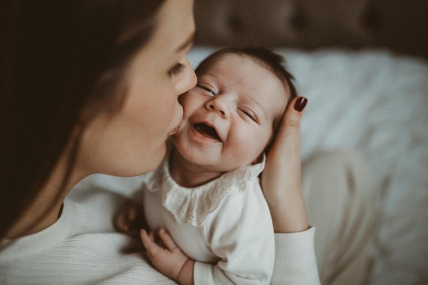 Lutter contre le manque de sommeil quand on est jeune parent : 5 précieux conseils