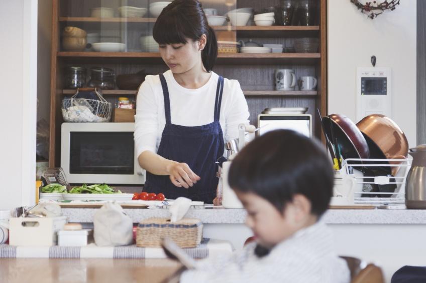 Insolite : en Chine, un homme est condamné à payer un dédommagement pour les tâches domestiques