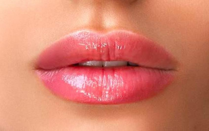 Comment obtenir une bouche pulpeuse naturellement ?