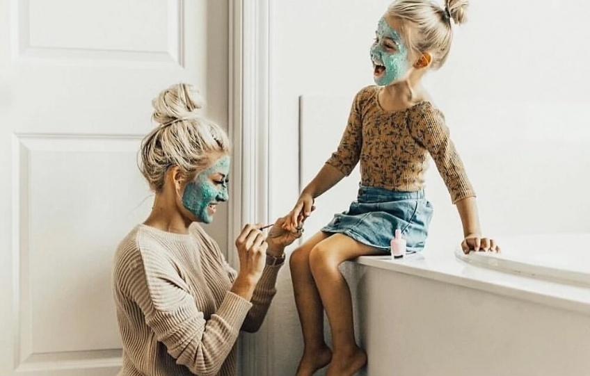 Éducation bienveillante : les 10 clés pour un enfant heureux