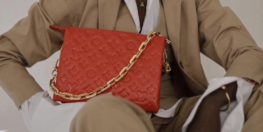 Spotted : le sac Louis Vuitton est la pièce tendance que toutes les modeuses s'arrachent !