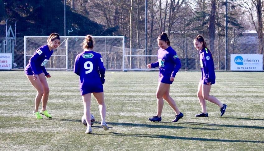 Sport : elles s'entraînent en culotte pour dénoncer les inégalités hommes/femmes