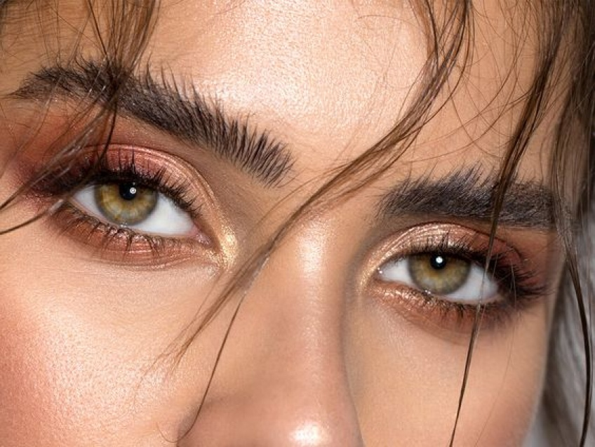 Des sourcils au top avec la technique du soap brows !