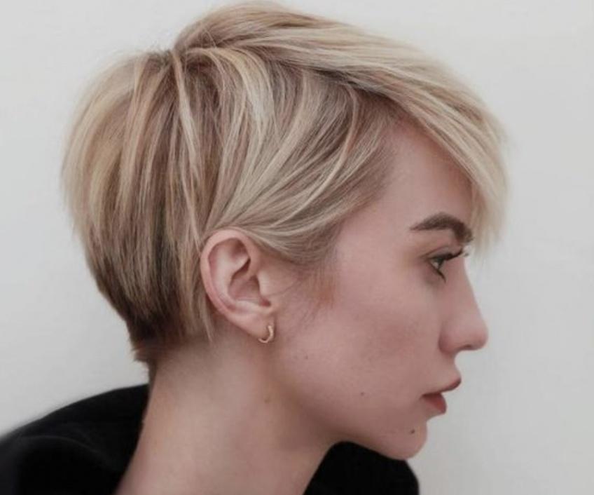 15 coiffures courtes pour les cheveux fins à tester d'urgence !