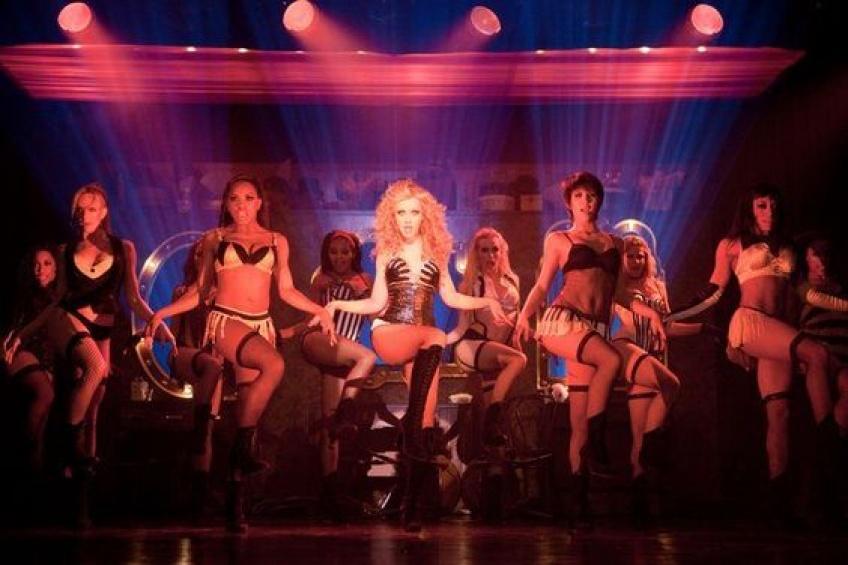 On a testé : le cours de danse super sensuel avec une danseuse d'un célèbre cabaret parisien