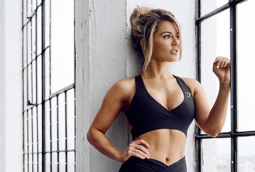 7 exercices incontournables pour avoir une jolie poitrine ferme et tonique