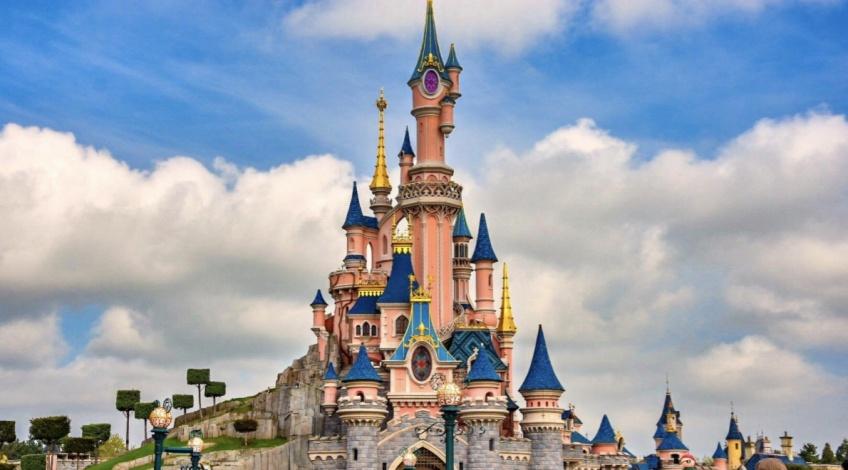 Disneyland Paris : bientôt transformé en grand centre de vaccination !