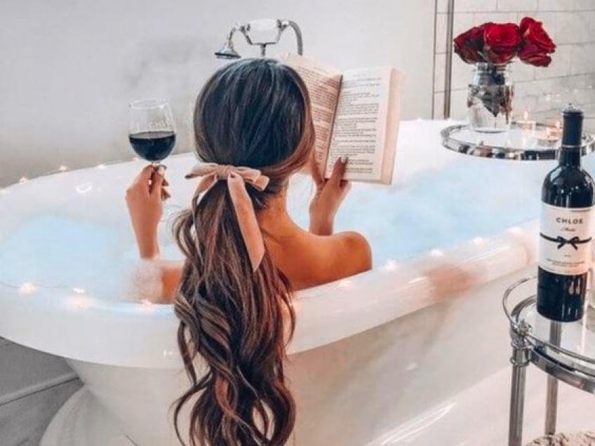 Un bain chaud bien mousseux pour se relaxer !