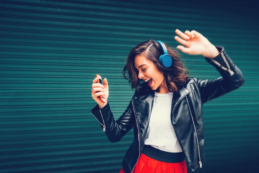 Des chercheurs lyonnais ont besoin de personnes qui chantent faux !