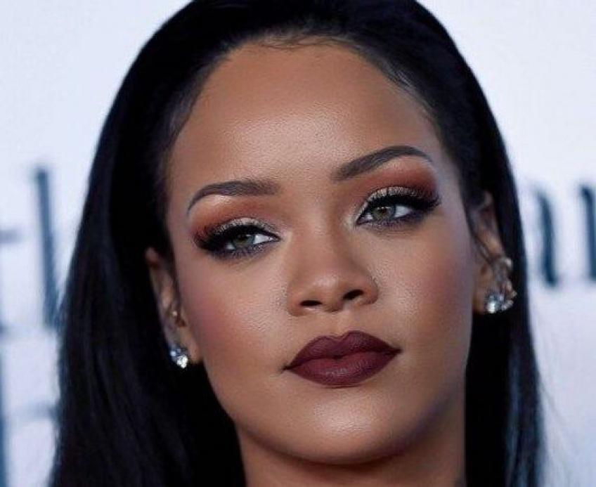Rihanna découvre son sosie sur TikTok et le valide !