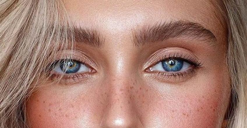 Comment maquiller les yeux bleus ?