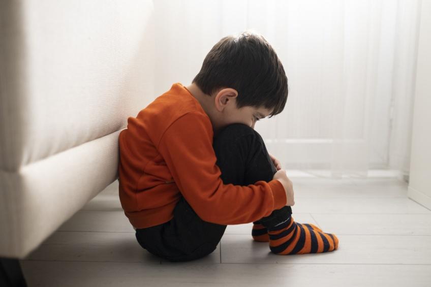 La fessée impacte le développement cérébral de l'enfant