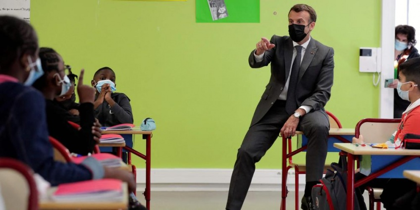 Covid-19 : Emmanuel Macron envisage de retarder le couvre-feu