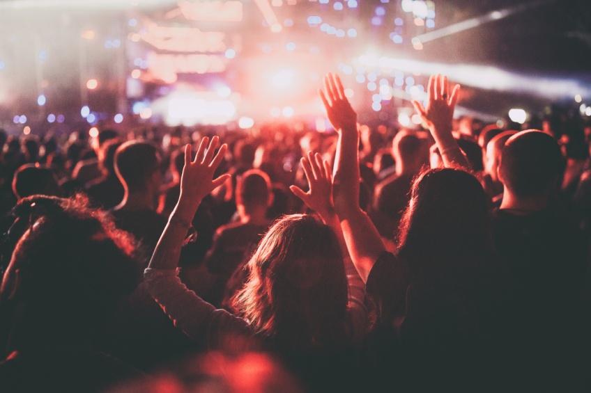 Covid-19 : Aucun signe de contagion après un concert test de 5000 personnes en Espagne